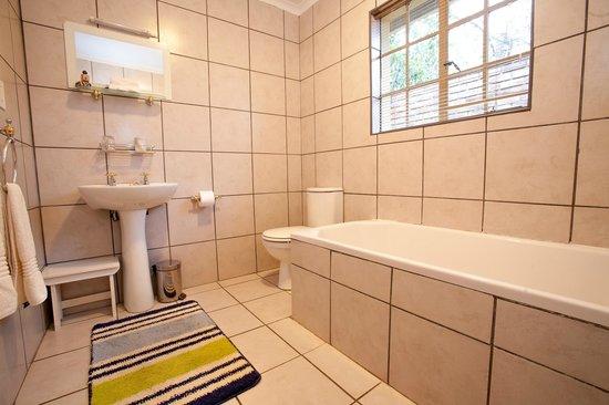En Suite Bathroom South Africa: Traveler Photos Of Waterval