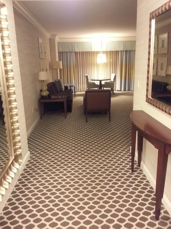 Caesars Palace: Entrance to the suite, love the carpet pattern.