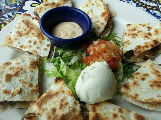 KLCC Chili's Grill & Bar : Jalapeno Steak Quesadillas
