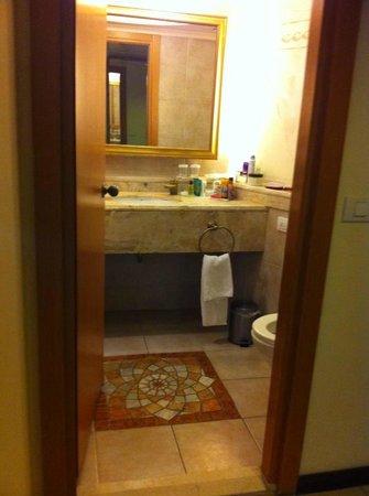 Hilton Eilat Queen of Sheba : great bathroom