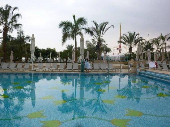 Hilton Eilat Queen of Sheba : the pool