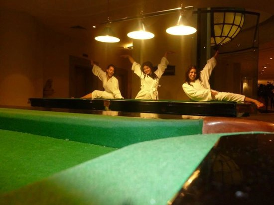 Hilton Eilat Queen of Sheba : pool tables (not free of charge)