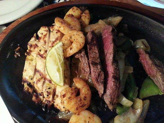 KLCC Chili's Grill & Bar : Trio Fajitas - definitely big portion