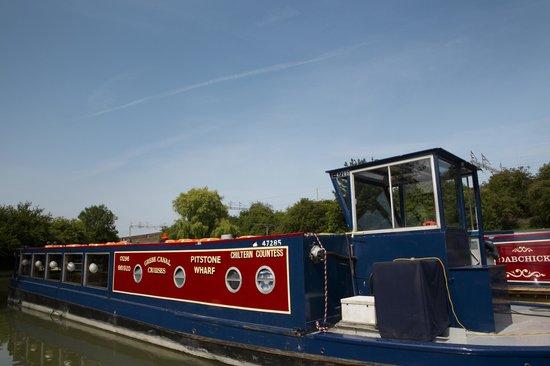 Grebe Canal Cruises: Chiltern Countess