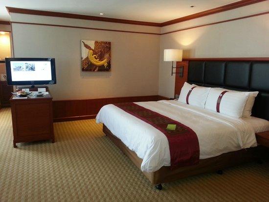 Holiday Inn Chiang Mai: Deluxe corner room