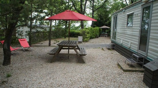Camping Les Cent Chenes : MOBIL HOME ABI