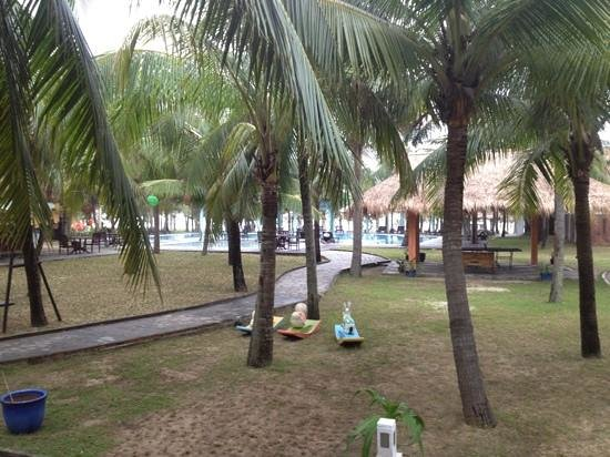 le belhamy resort & spa : view from restaurant