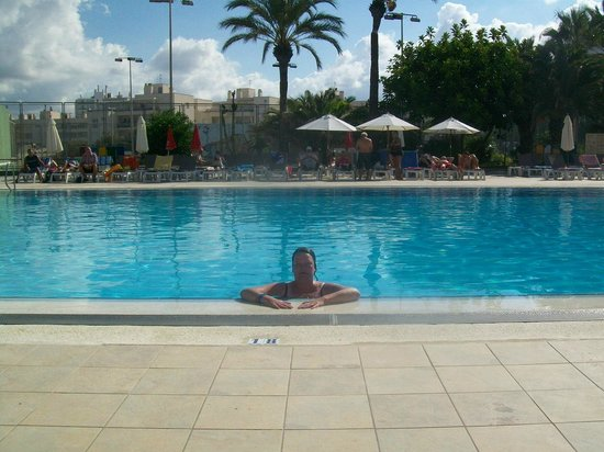 Marvell Club Hotel & Apartaments: Swimming Pool