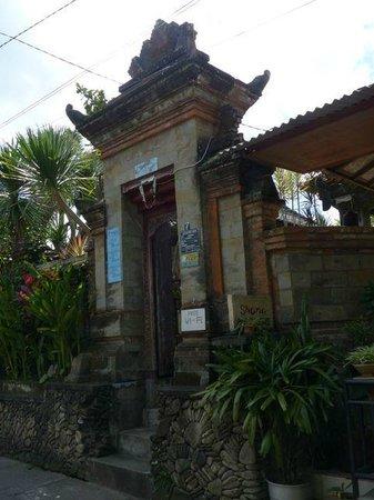 Citrus Tree Villas - Shana : Entrance