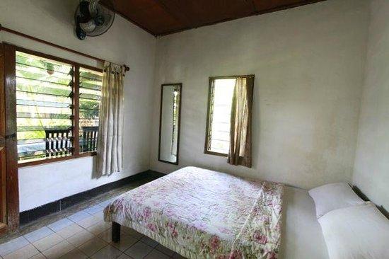 Citrus Tree Villas - Shana: Room