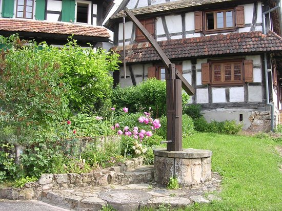Maison des Gîtes Ungerer: Hunspach