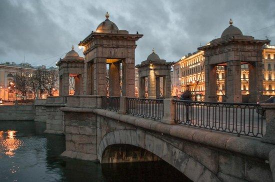 Lomonosov Bridge: Мост Ломоносова,  Фонтанка