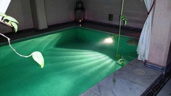 Riad Dar Anika : La piscina del hotel