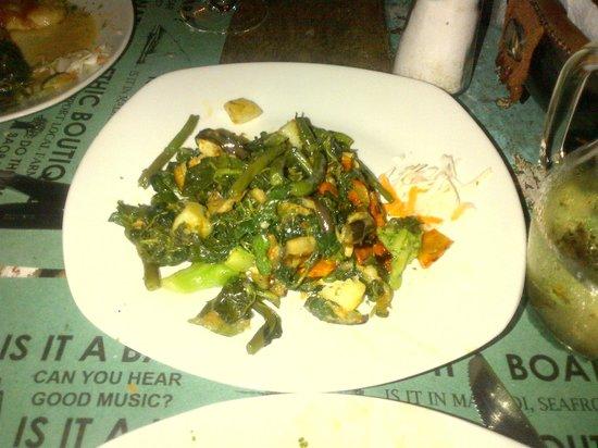 Jahazi Bar & Restaurant: Verdure miste locali