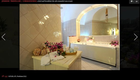 Villa Mary Suites: Diana bathroom on Vanity Fair