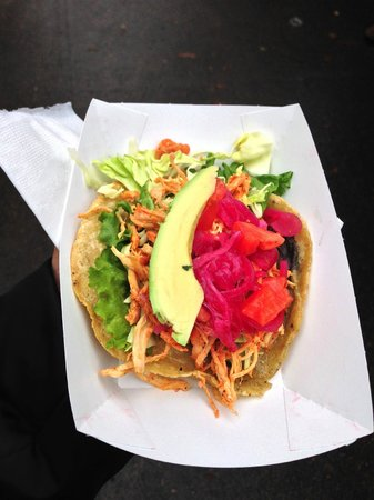 Forktown Food Tours : Can you believe?  It's from a Food cart !  Yummy!