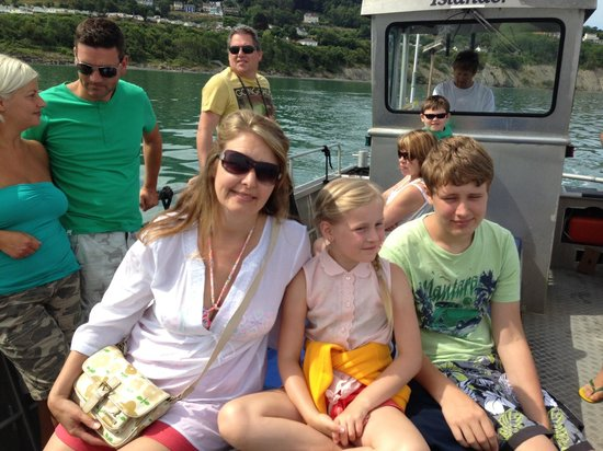 SeaMor Dolphin Watching Boat Trips: Family