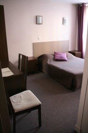 Hotel du Roussillon : chambre supérieure double