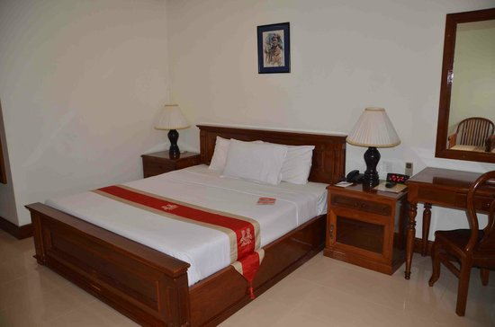 Royal Crown Hotel: Very comfortable bed