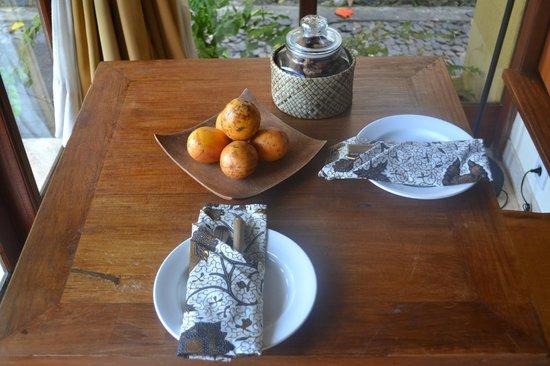 Komaneka at Tanggayuda: Table with set-up