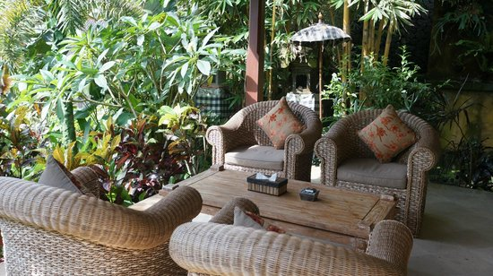 Bidadari Private Villas & Retreat: Porch with a view
