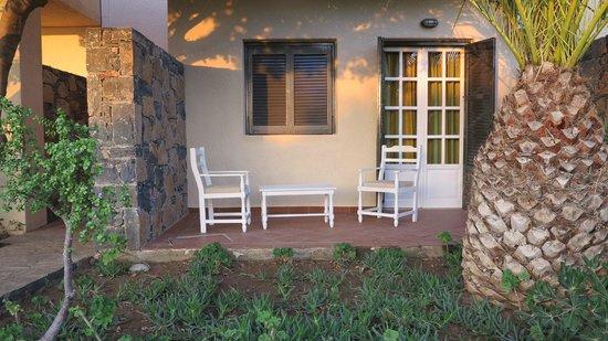 Elounda Palm Hotel : Terrasse de ma chambre (407)