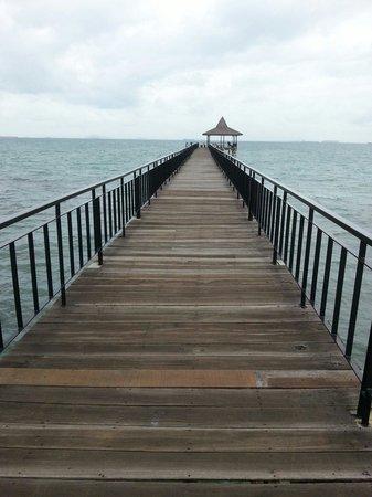 Turi Beach Resort: The jetty