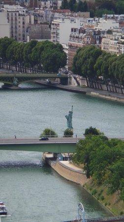 La Seine : River Seine with Mini Statue of Liberty from Eiffel Tower