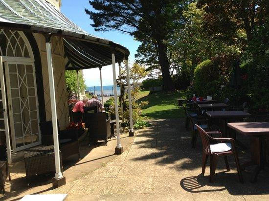 Royal Glen Hotel: looking towards the sea