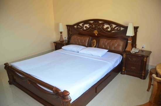 Golden Sand Hotel : Comfortable bed