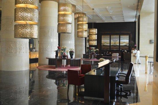 Raffles Dubai: Raffles, Dubai