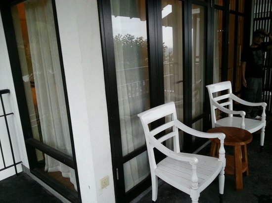 Turi Beach Resort: Room 210 balcony