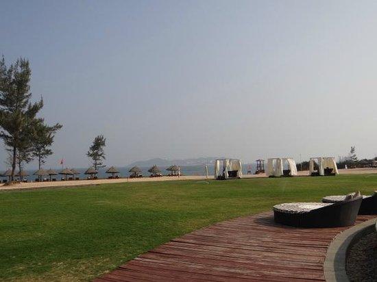 Conrad Sanya Haitang Bay : Hotel Beach Area