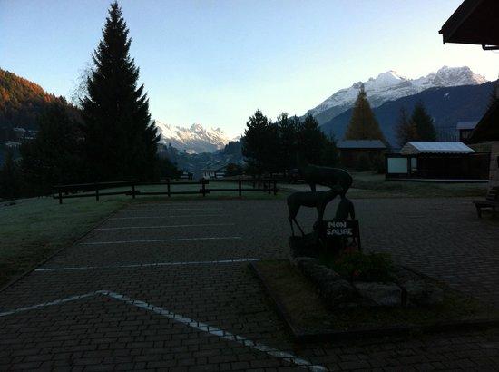 Villa Marinotti: Le montagne intorno alla casa