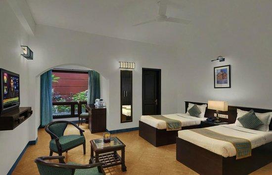 Home@F37: Twin Bedroom