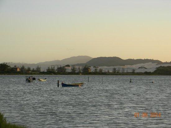 Ibiraquera Lake: Pescadores en la Laguna de Abaixo
