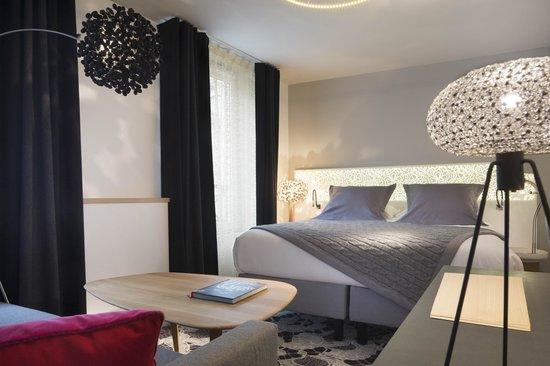 Chambre De Luxe Deluxe Room Picture Of Hotel Chavanel Paris