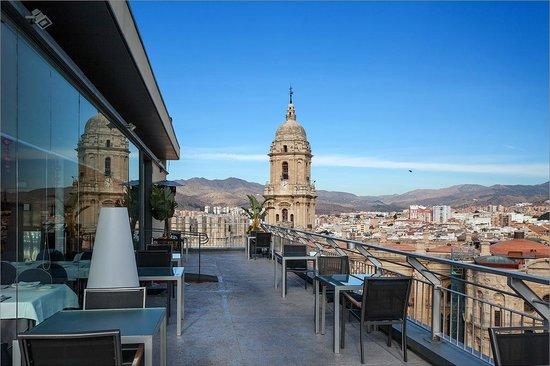 AC Hotel Malaga Palacio: Крыша отеля