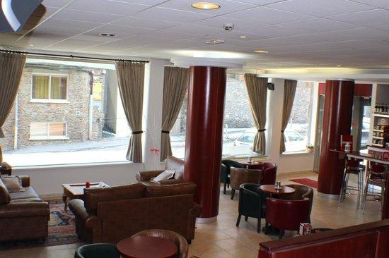 Hotel Cubil : lounge/bar