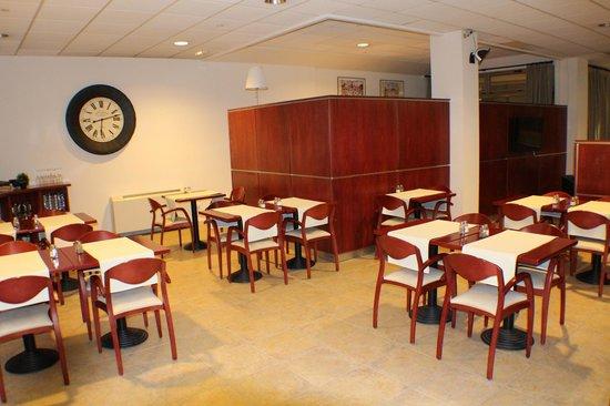 Hotel Cubil : dining area
