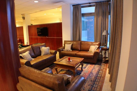 Hotel Cubil: lounge/ bar