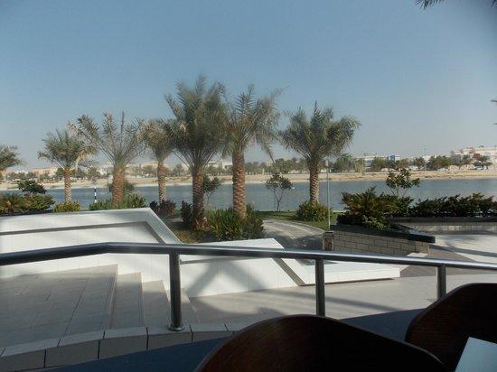 Ibis Abu Dhabi Gate: the beach