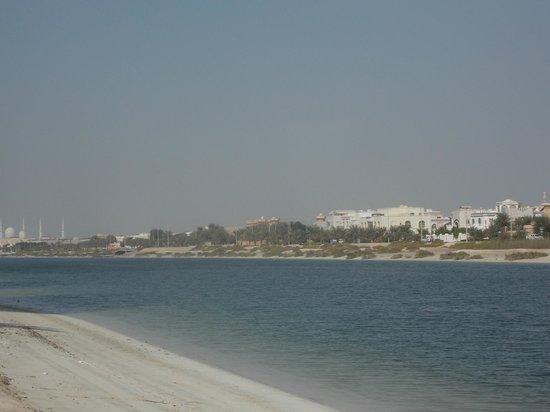 Ibis Abu Dhabi Gate: view from the beach