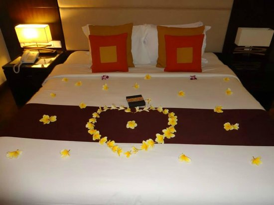 Sol Beach House Bali Benoa by Melia Hotels International : Our bed on arrival