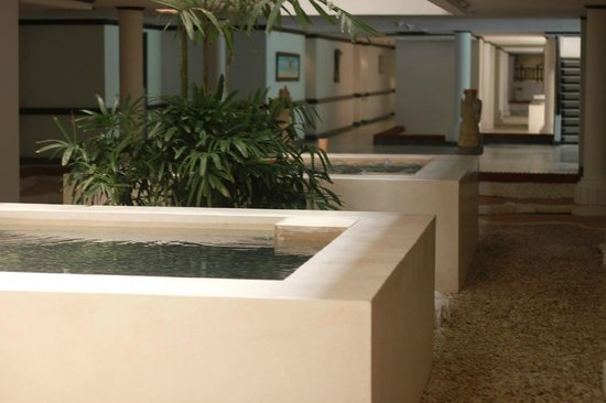 Sol Beach House Bali Benoa by Melia Hotels International : The lobby outside our room