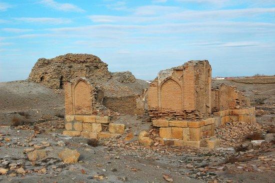 Ark Fortress: на территории крепости Арк
