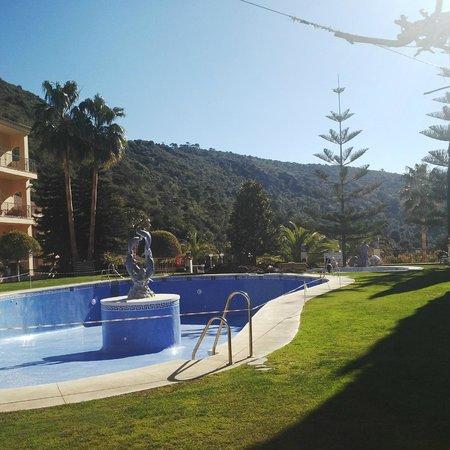 Gran Hotel Benahavis: Jardín