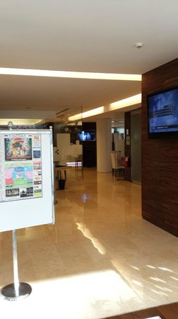 Hilton Garden Inn Rome Claridge : Lobby
