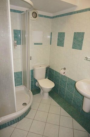 Extol Inn: Bad mit Dusche