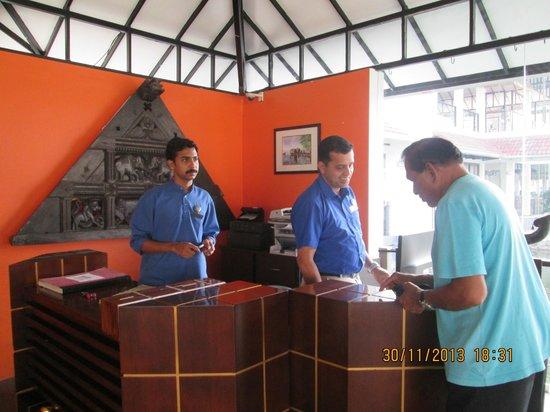 Edassery Kayal Resort: nice reception area